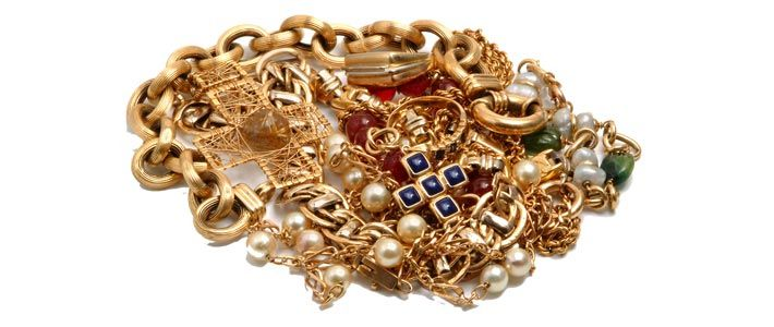 Phoenix Gold Buyer - Jewelry Repair - Watch Repair Phoenix: Sell gold, sell jewelry, sell silver, sell diamonds. Engagement rings, wedding sets, watch batteries, ring sizing, jewelry repair. 602.466.1772