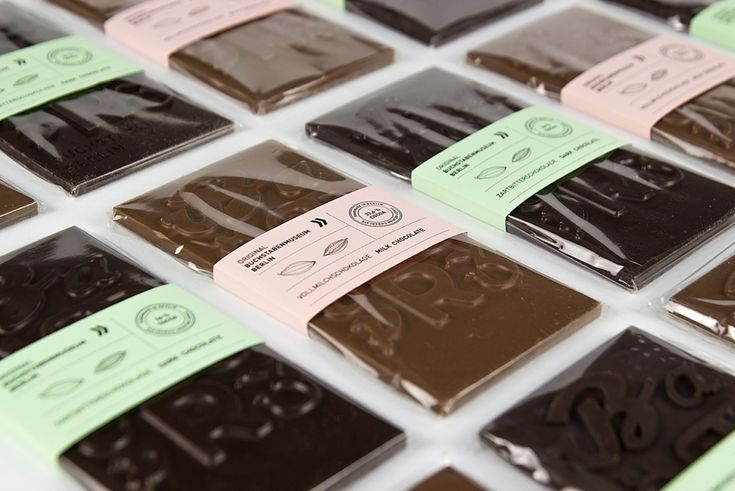 Typographic Chocolate is a project created by students comprising a chocolate mold, packaging and presentation.