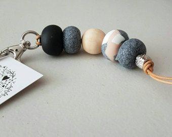 NUOVA rosa, nero, bianco e granito portachiavi, portachiavi, accessori di argilla, argilla polimerica, portachiavi in pelle, borsa tag