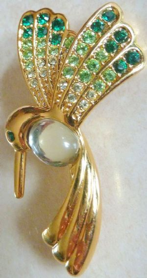 Vintage Hummingbird Monet Brooch.