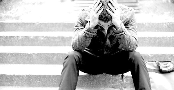 Czy tego chcemy czy nie, porażka to nieodłączny element naszego życia i biznesu.   Oto 10 inspirujących cytatów odnoszących się do porażki, które pozwolą Ci zrozumieć, że porażki nie można uniknąć i że tak naprawdę jest to coś pozytywnego...  http://mlmy.pl/2015/04/10-inspirujacych-cytatow-na-temat-ponoszenia-porazek/