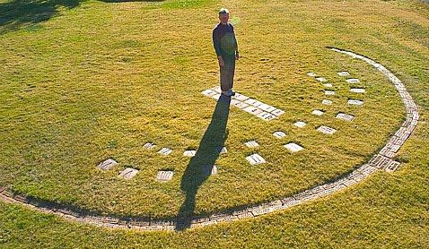 Idea I think my kids would love.[ An 'aerial' view of the full Human Sundial ]