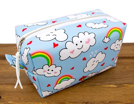 Large Makeup Case - Makeup Organizer Bag - Makeup Box - Make Up Bag Large Cosmetic Bag - Cosmetic Case - Makeup Brush Bag - Travel Bag This large box-shaped makeup bag is highly functional and makes a stunning gift! Use it as a toiletry bag or fill it with anything you'd like to store, organize, or travel with. The waterproof lining makes it easy to contain and clean makeup and toiletry spills. An optional carrying strap is available for easier handling.