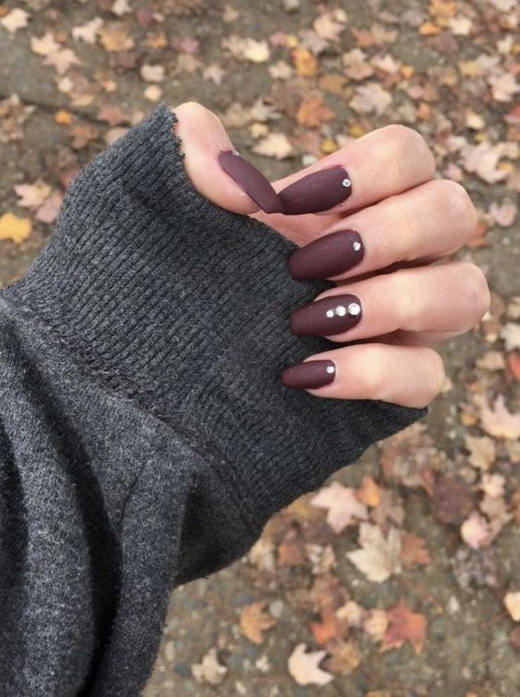 10 beliebte Herbstnagelfarben für 2019 – Top Beauty Blogger Tips