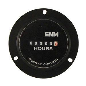 Cuenta horas analógico redondo, instalado en el panel de control del Pivot. Registra horas de funcionamiento del sistema (con y sin riego).