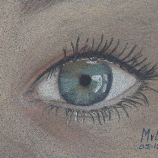 Pastel drawing eyes   • mariellevanleeuwen@live.nl • AR•T•INT • www.facebook.com/artintx • instagram @artint