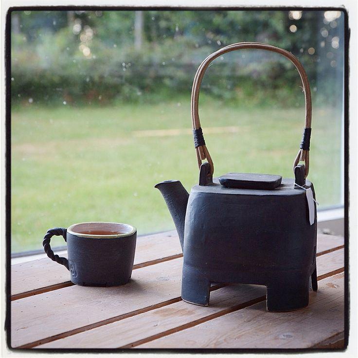 Helle Bovbjerg A nice cup of summer tea in my studio