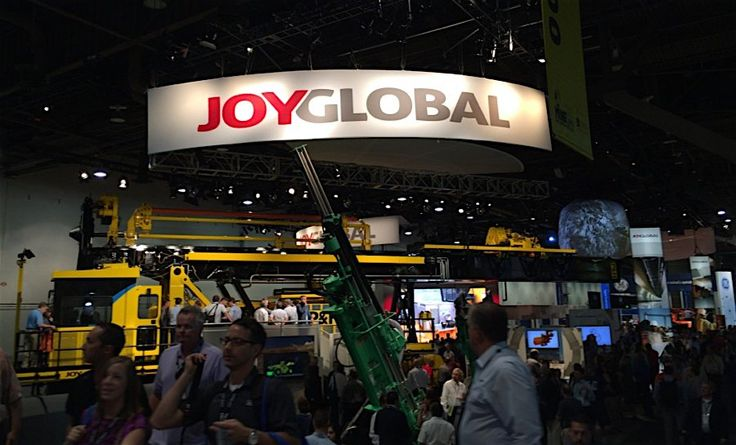 Joy Global shareholders approve $3.7 billion acquisition by Komatsu