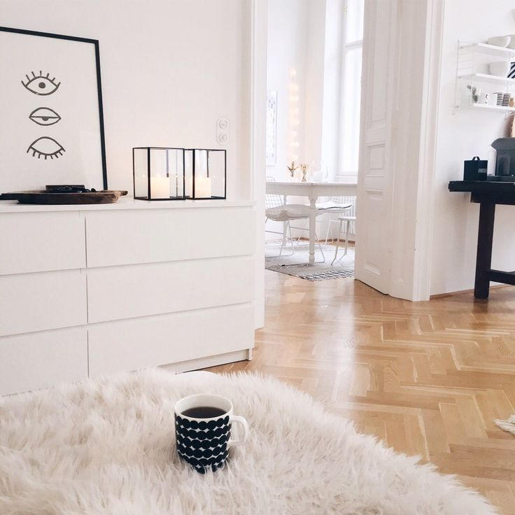 Ein Altbau-Traum in Weiß: zu Besuch bei traumzuhause in Wien   SoLebIch.de #homestory Foto: traumzuhause