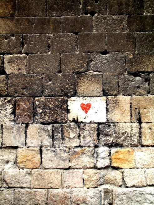 """a little love in an unexpected place."" (Désordre), Barcelona"