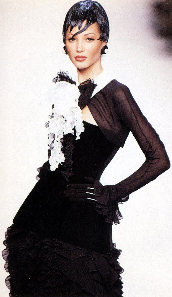 Christy for Chanel, f/w 1992/93