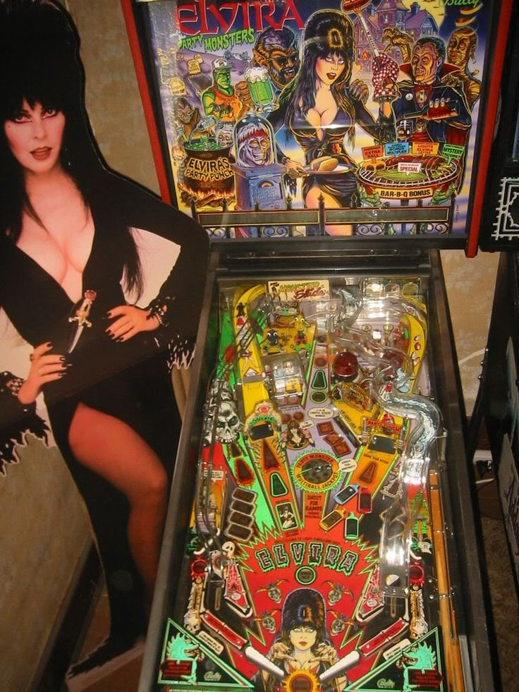 Elvira Pinball Machine