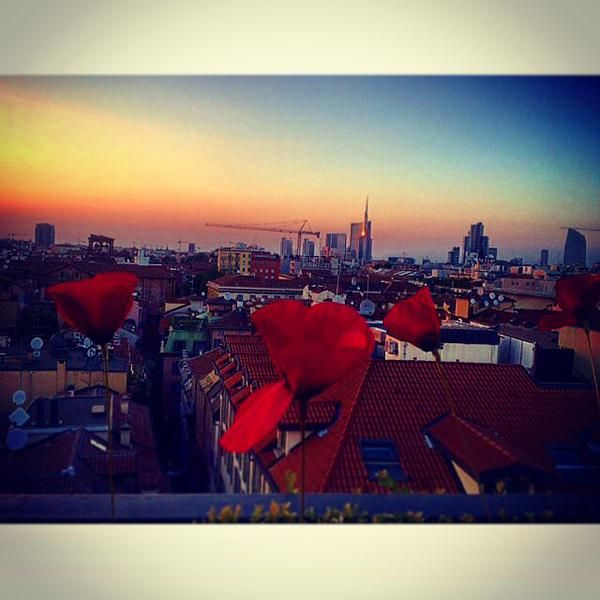 Magical sunset from Sky Terrace Bar Milano Scala. We are waiting for you. Thanks to our guest Mila Camnasio for this wonderful photo!
