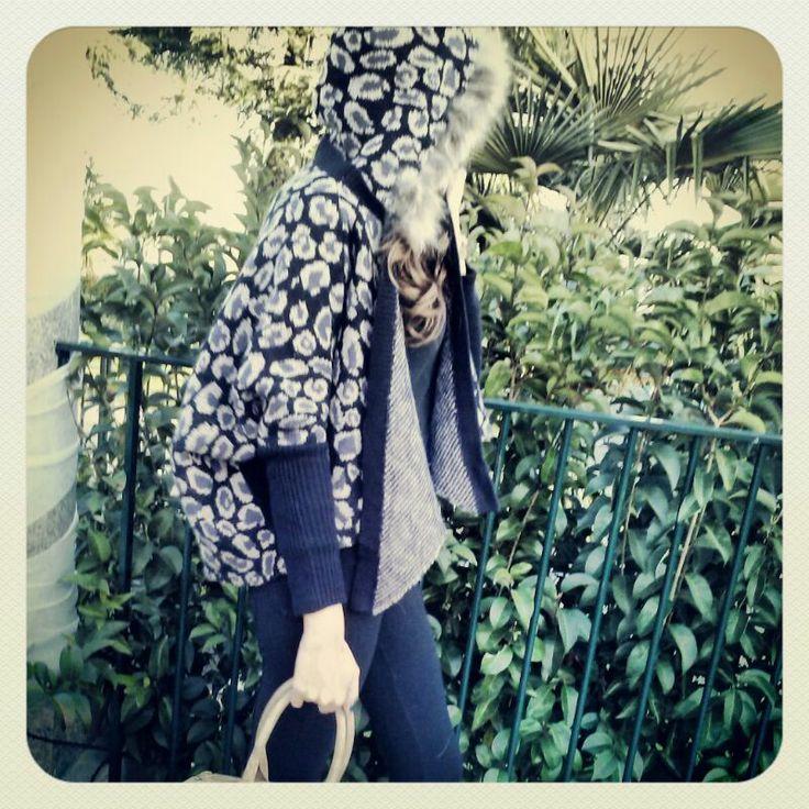 chaqueta capucha leopardo