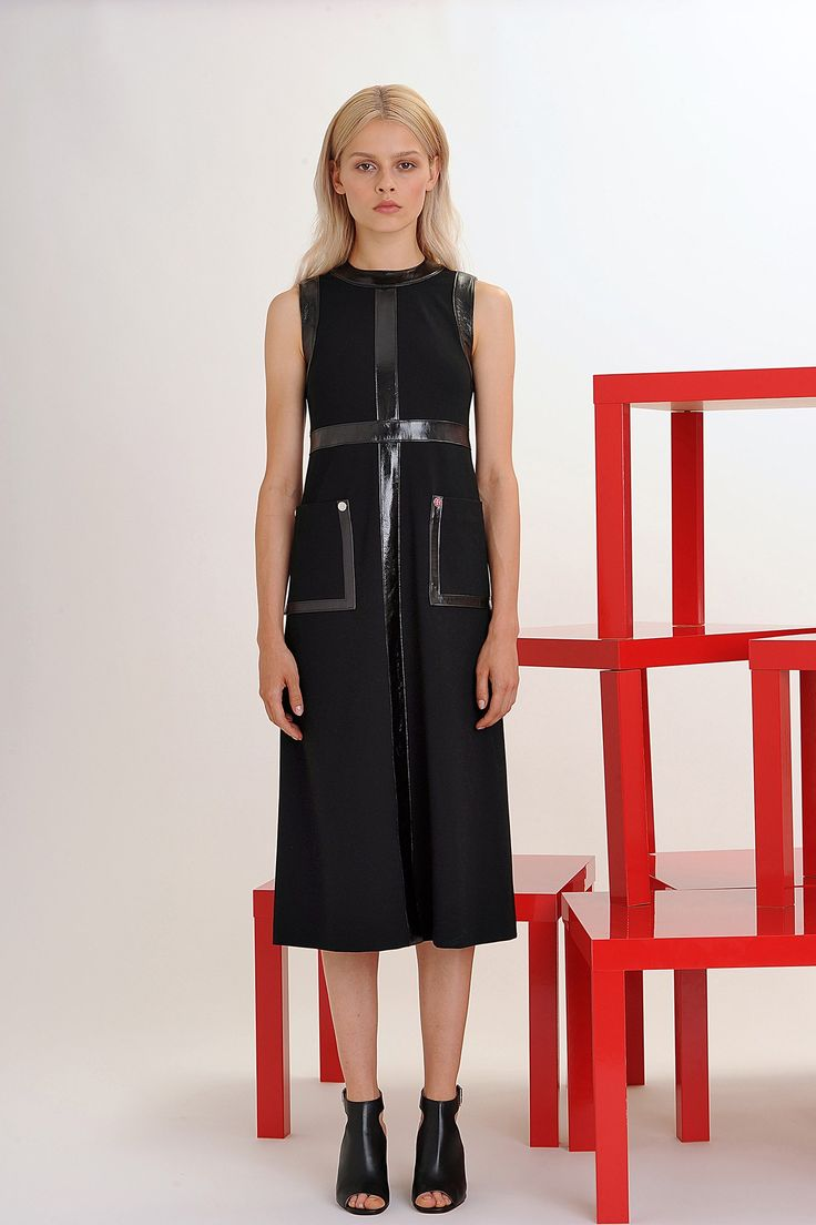 Lisa Perry Spring 2016 Ready-to-Wear Fashion Show