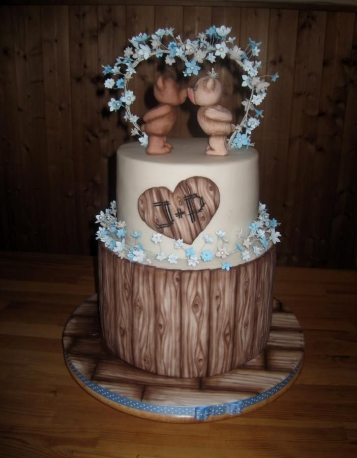 Wedding cake with teddy bears by Eliska - http://cakesdecor.com/cakes/258545-wedding-cake-with-teddy-bears