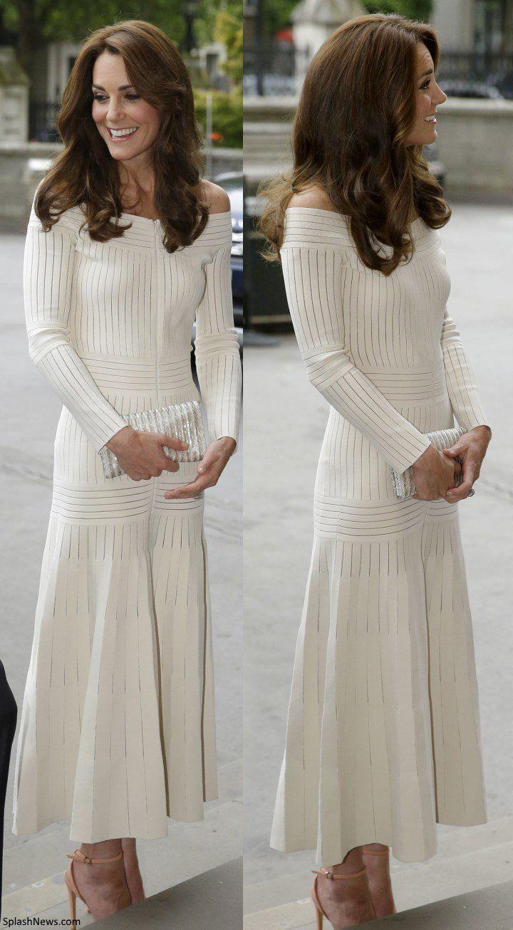 Kate in Off-the-Shoulder Barbara Casasola Dress for Art Fund Awards