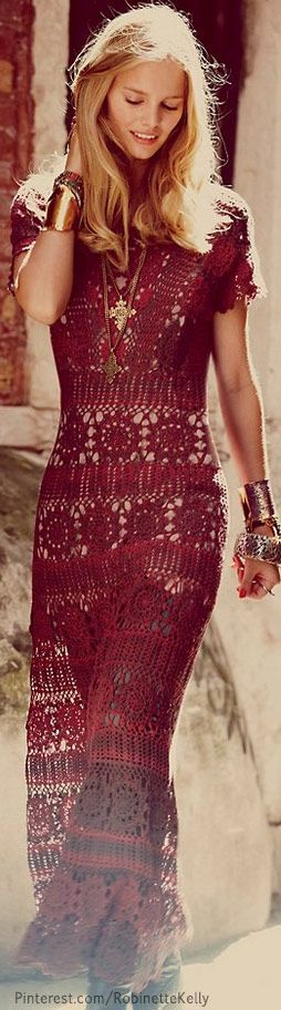 Dresses that combine different fabrics with lace in order to have a fun style of dress that is ideal for work, or a nice day out with the girls.Free People | Burgundy Crochet Dress