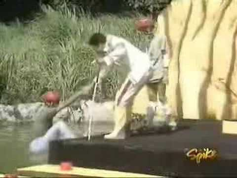 Takeshi's Castle General Lee (Tani) Funny Moments! - YouTube