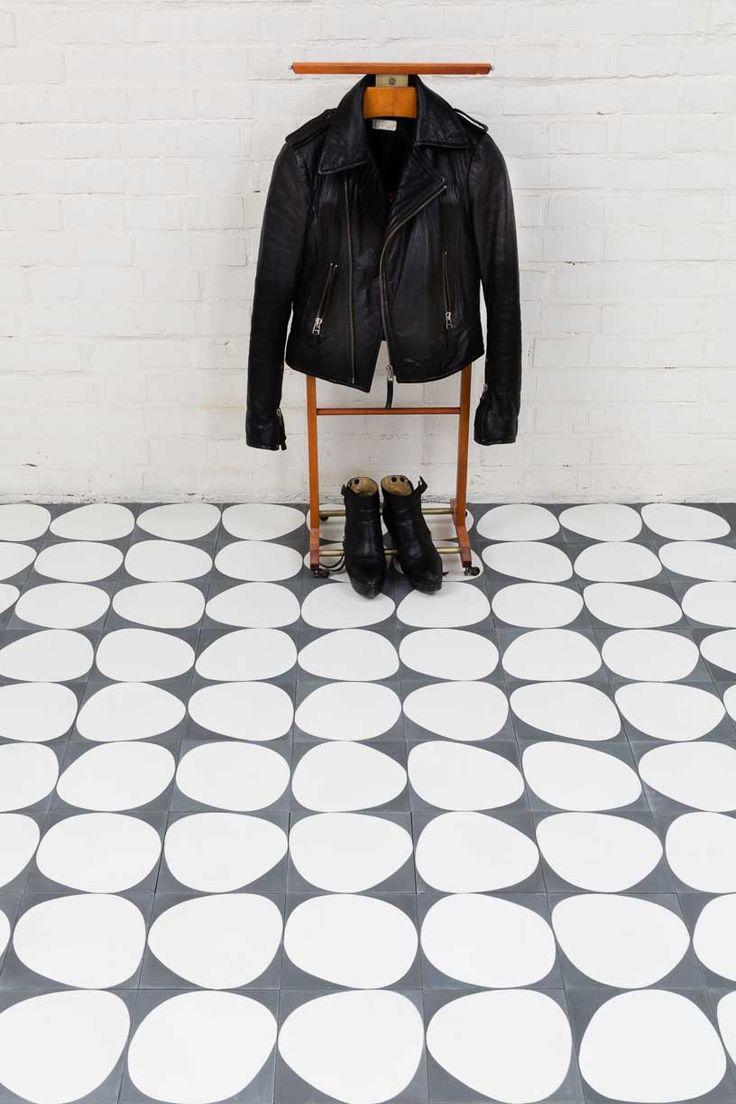 Stone - almost black/white - Collection 2012 - Marrakech Design