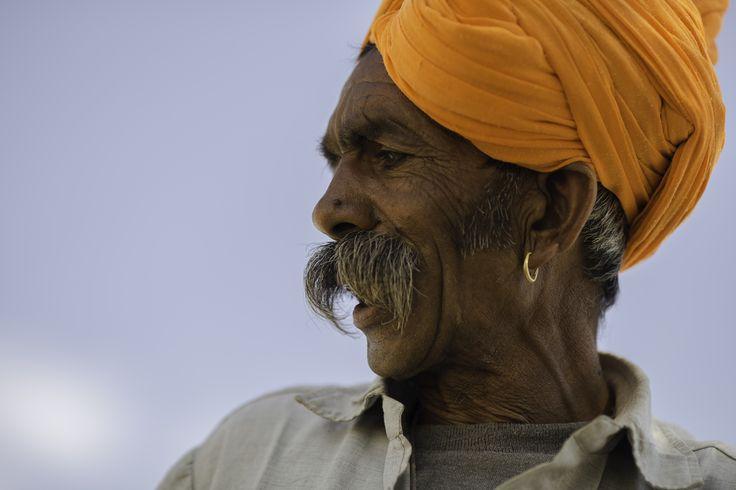 Pastor en zona desértica de Jaisalmer, India (2014)