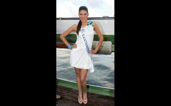 desfile del reinado de belleza en el barco de cartagena 2010 - Buscar con Google