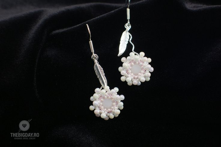 The Big Day   #1-0037 Cercei Swarovski Rose Flower http://thebigday.ro/ #Swarovski #swarovskijewelry #jewelry #handmadejewelry #wedding #mireasa #bijuterii #cristale #bijuteriimireasa #nunta