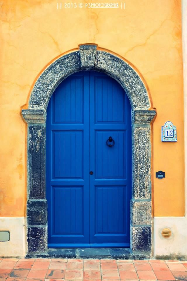 La porta blu - Salina - Isole Eolie