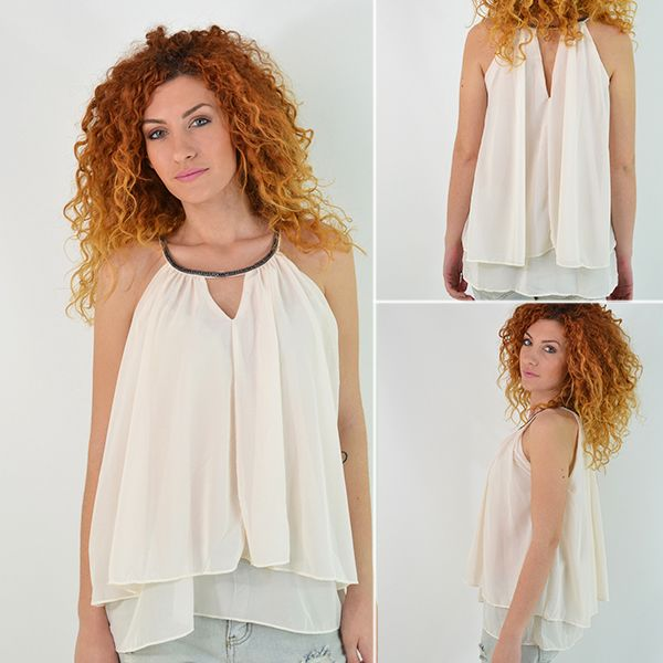 Ένα όμορφο και κομψό μπλουζάκι δεν πρέπει να λείπει από καμία ντουλάπα! Συνδυάζεται τέλεια με skinny jeans ή μαύρο κολάν και γόβες για πιο βραδινό look!  Θα το βρείτε εδώ με 15% έκπτωση + δωρεάν αποστολή! : https://www.secretboutique.gr/el/top-clothing-items/white-top-layers