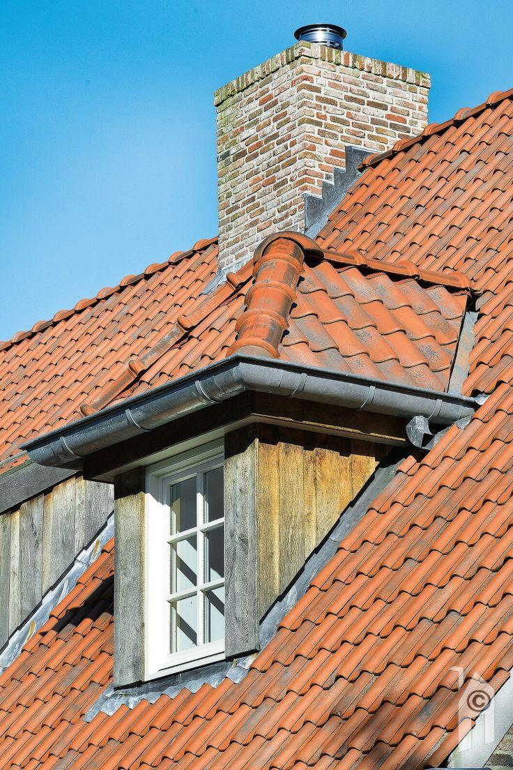 Oud gemaakte dakpannen,