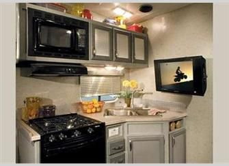 Fleetwood RV Nitrous Hyperlite Toy Hauler Travel Trailers