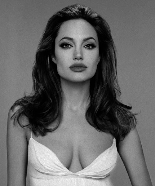 ANGELINA JOLIE - sensational                                                                                                                                                     More