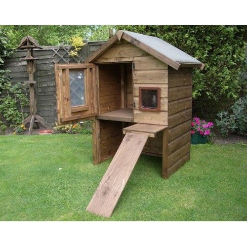 Luxury Outdoor Cat House Thats A Large Warm Weatherproof