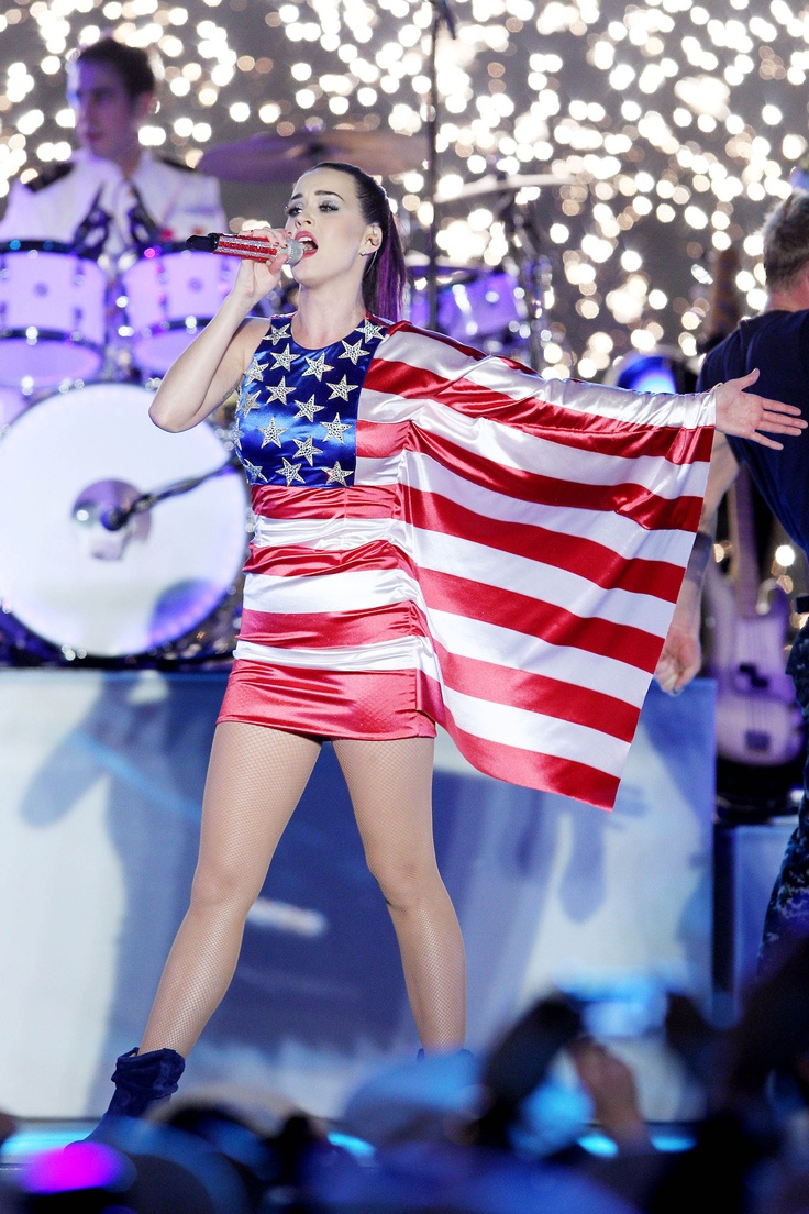 I think Katy may be the only one i know that can pull this dress off!