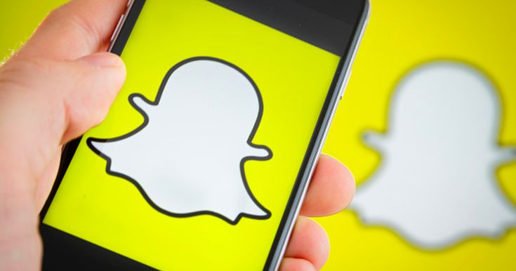 Everything you need to know to master Snapchat Groups - http://howto.hifow.com/everything-you-need-to-know-to-master-snapchat-groups/