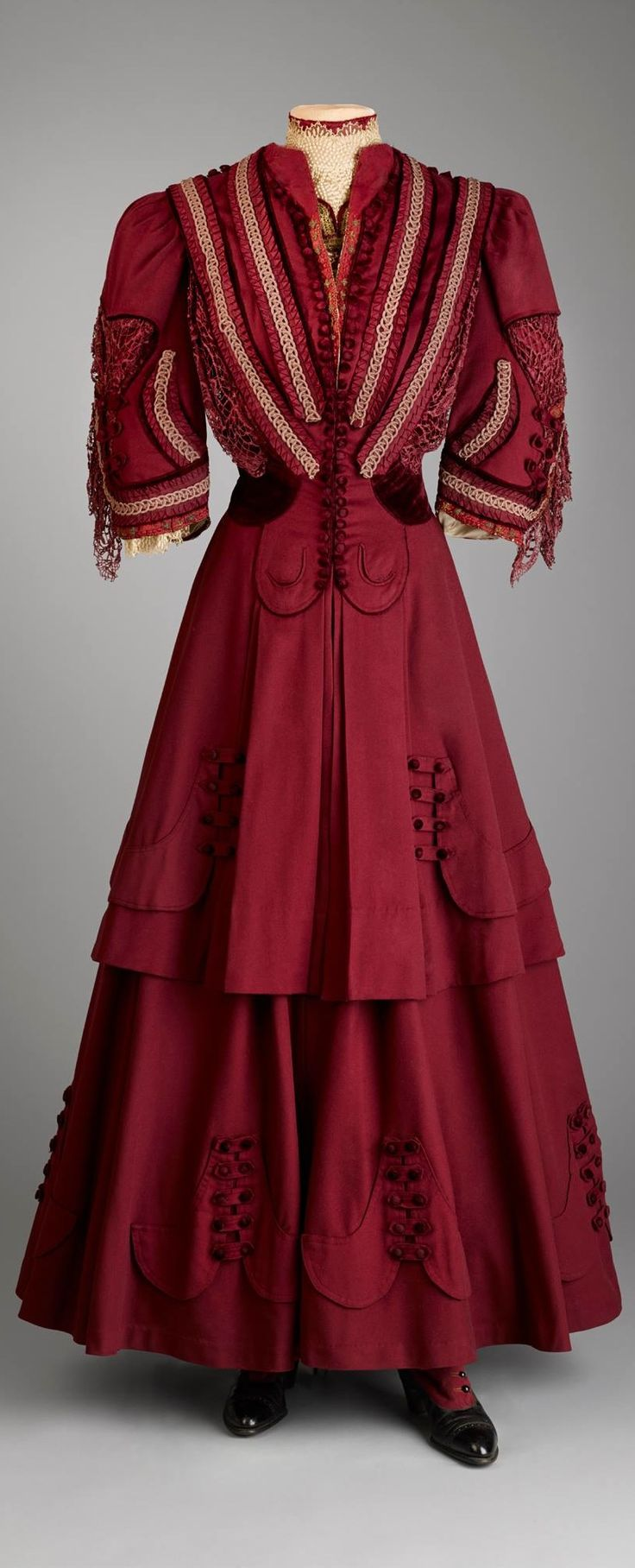 Three-piece, maroon wool suit with details in satin and lace, made for Marjorie Merriweather Post at the department store B. Altman & Co. for her to wear while traveling by train to her honeymoon in Hot Springs, Virginia, in 1905. Photo courtesy of Hillwood Estate, Museum & Gardens on Facebook.