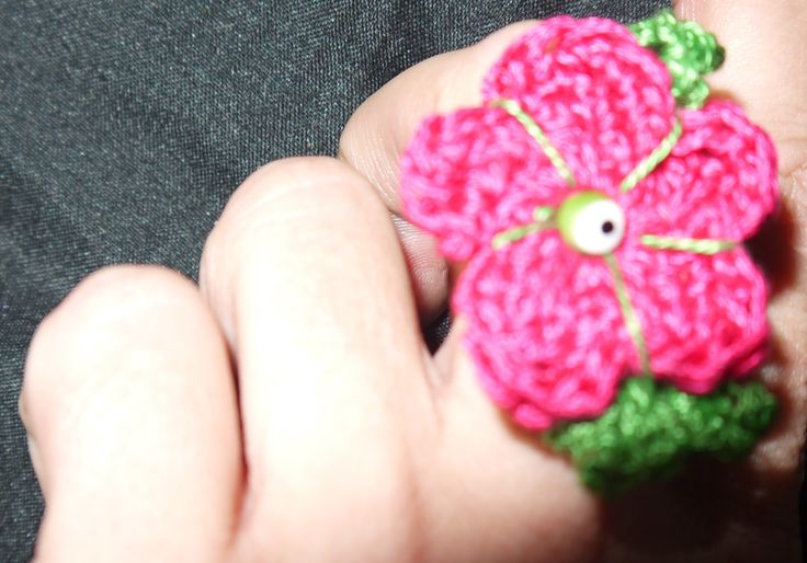 crochet flower ring