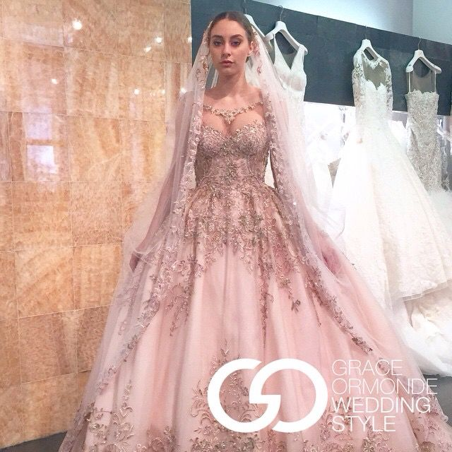 2016 pin this if you want to see this dress and veil in for Ysa makino wedding dress