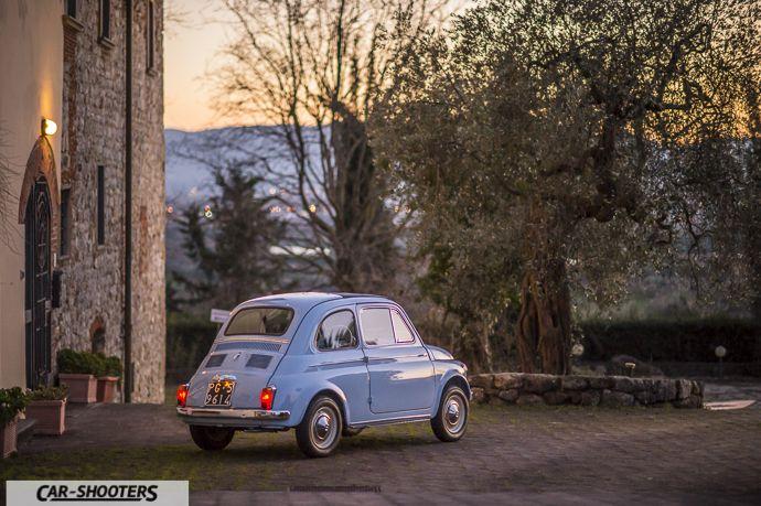 Nuova Fiat 500 D tre quarti posteriore al tramonto