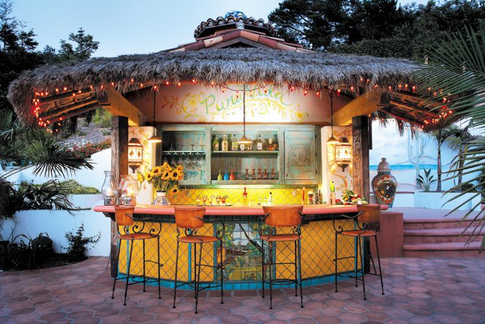 Outdoor Palapa Bar by La Puerta Originals.  Photo: Eric Swanson