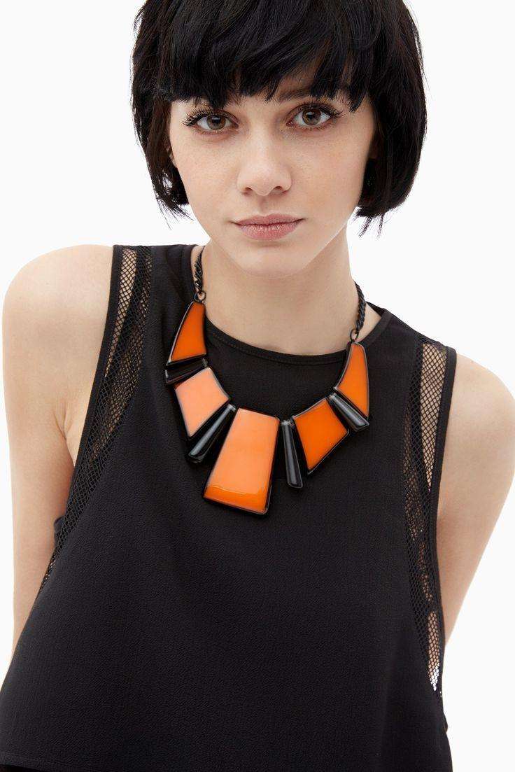 Collar naranja con piezas geométricas | Adolfo Dominguez shop online
