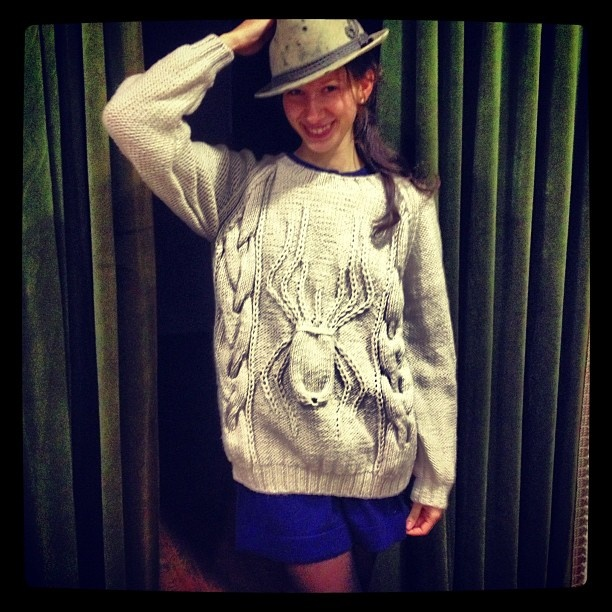 Spider Sweater from 2 ters 1 duz FW 11 collection by Ipek Arnas
