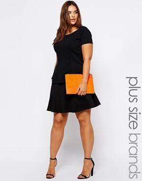 Cute flippy hem skirt! To DIY and inspiration; flat front, elastic back, no zipper headache for newbies.