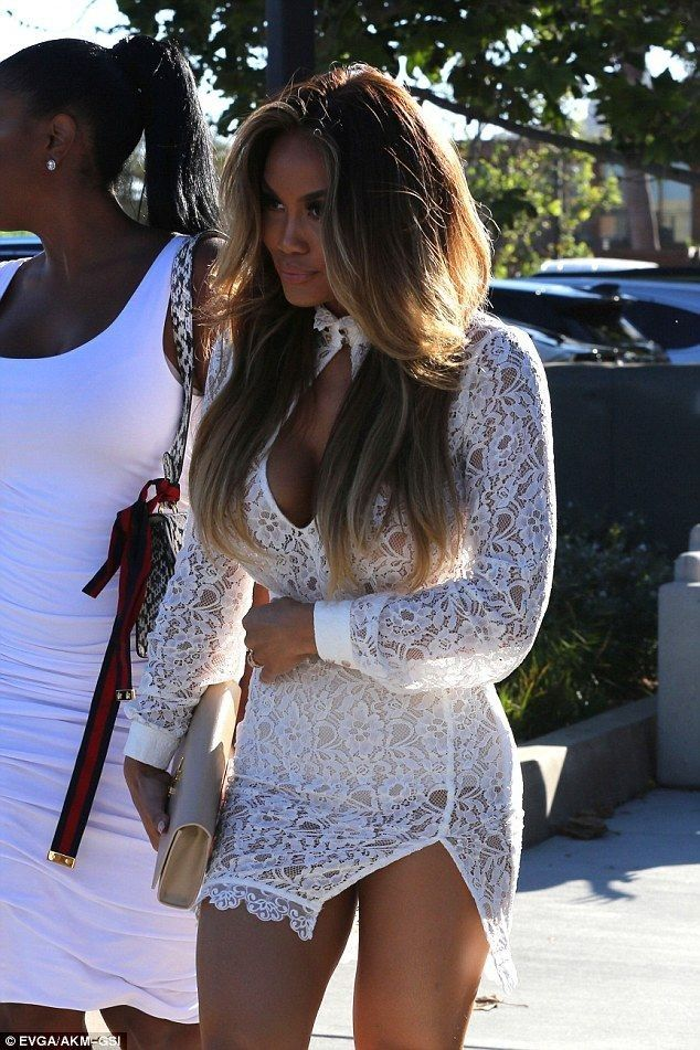 Daphne Joy wears white lace minidress as she joins pals for dinner - Celebrity Fashion Trends