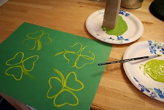 Paper tube shamrocks...we were going to do the heart ones at valentines day, but all the tubes become swords before I can get my hands on them...hopefully we can do this one!