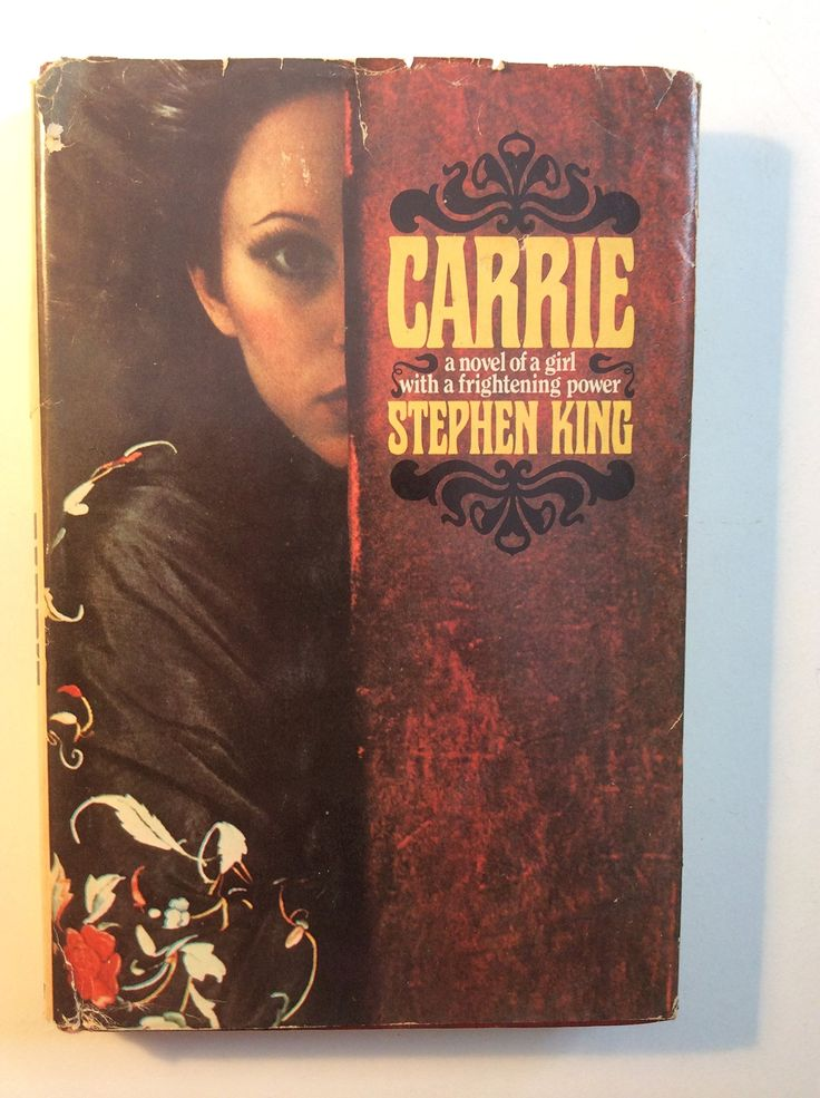 Carrie: Stephen King: Amazon.com: Books