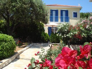 Secluded Villa, highly equipped, with Private Pool and idyllic Sea Views