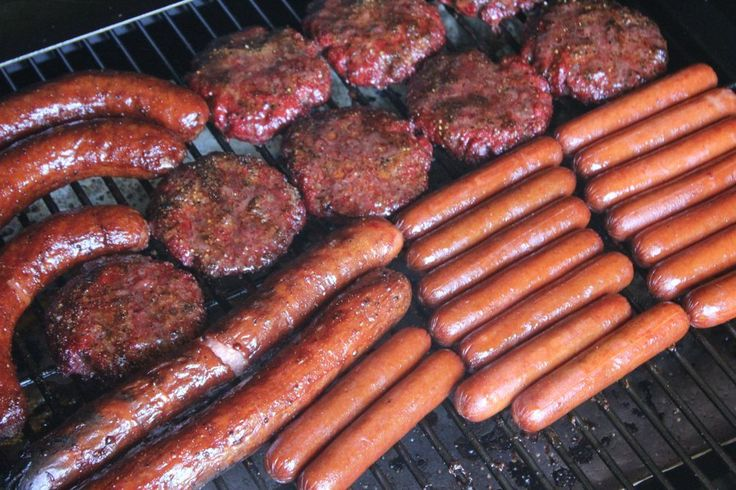 Full instructions for smoking hamburgers, hotdogs, brats, sausages and even boudin. There is no better way to get them all done perfectly and at the same time.