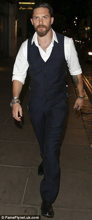Tom Hardy hits the town with wife Charlotte Riley after Legend premiere | Daily Mail Online