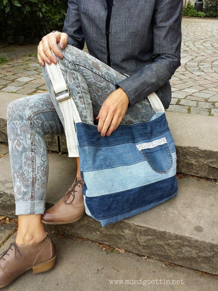 Aus verschiedenen Jeans habe ich 12 Streifen (10 cm breit) geschnitten,  je 6 für Vorder- und Rückseite.   Davon sind 2 x 5 fü...